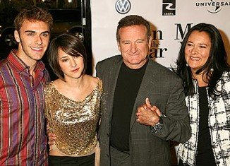Robin Williams with former wife Marsha Garces, daughter Zelda and son Zak