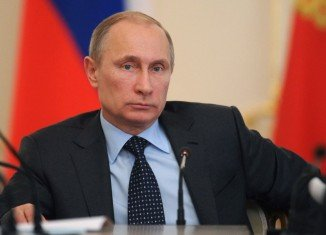Vladimir Putin has issued a new decree banning or curbing agricultural imports from countries imposing sanctions on Russia over the crisis in Ukraine