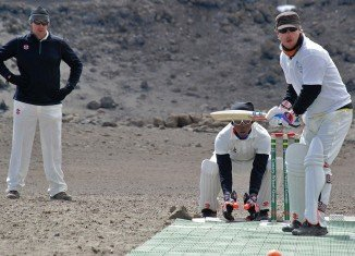 A group of international cricketers have set a world record for playing a match at the highest altitude on Kilimanjaro
