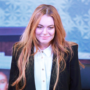 Lindsay Lohan forgets lines during stage debut in Speed The Plow
