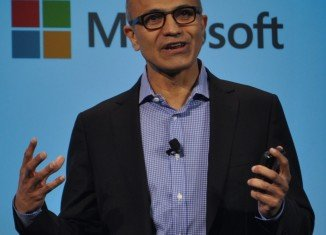 Microsoft CEO Satya Nadella has apologized for remarks he made advising women not to ask for a pay rise