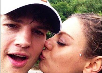 Mila Kunis and Ashton Kutcher welcomed a baby girl
