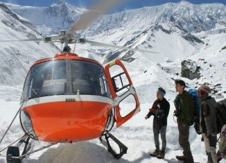 Nepal's Annapurna Circuit death toll has risen to 32 after the hiking route was hit by major snowstorms and avalanches