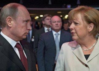 Vladimir Putin and key EU leaders have met Ukrainian President Petro Poroshenko in Milan to discuss the eastern Ukraine crisis