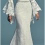 10 Stunning Wedding Dresses with Pearls